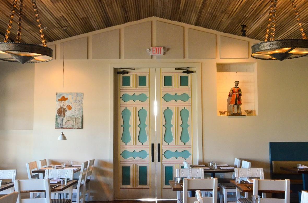 campo main dining room