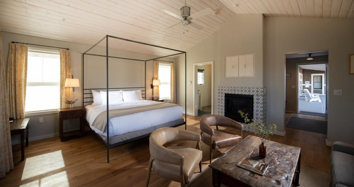South field deluxe king room